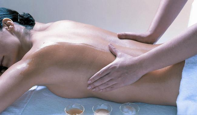 Aromaterapia y masaje. Usos y efectos curativos.