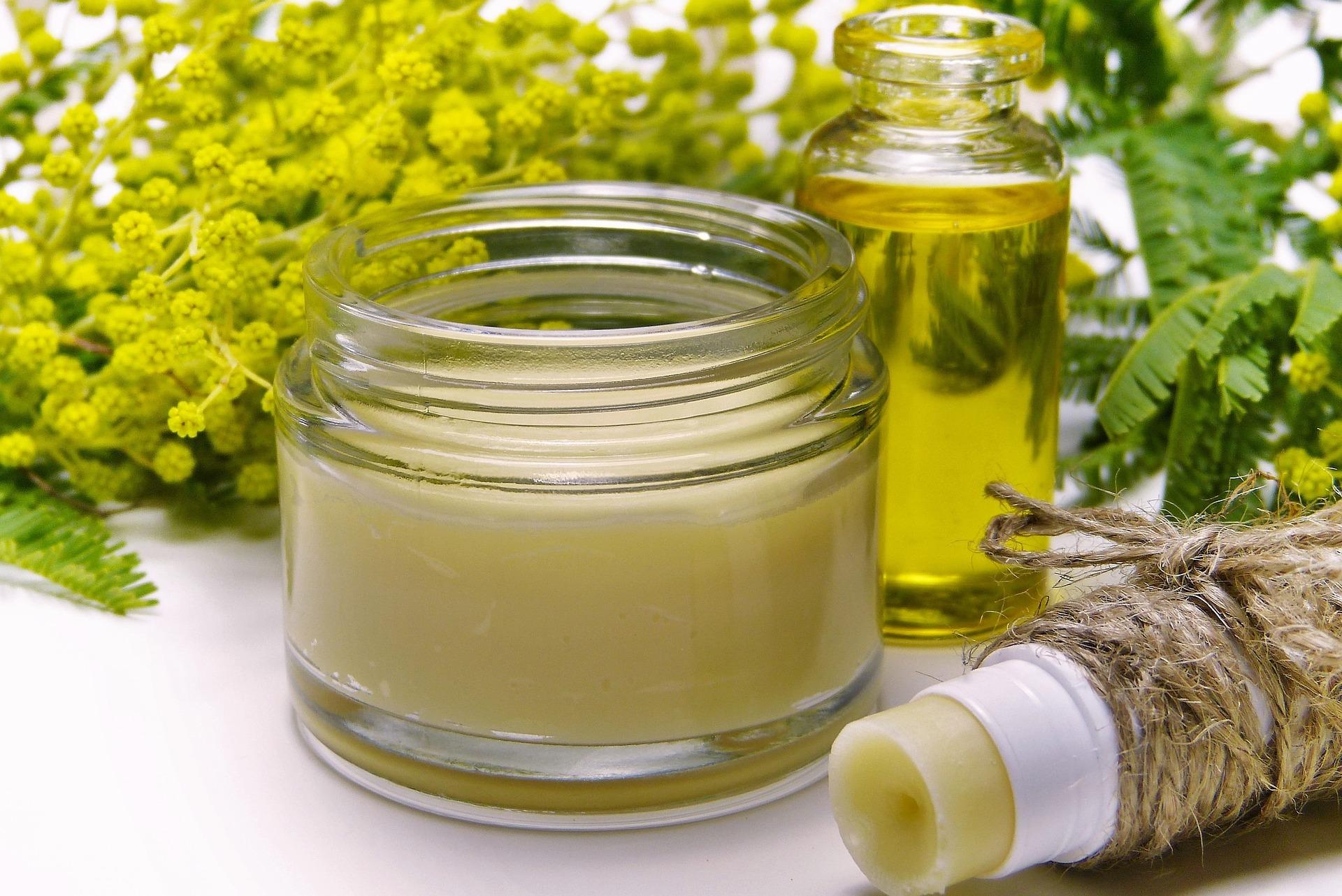 Cosméticos aromaterapia cremas y aceites