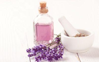 La Aromacosmética. Las propiedades cosméticas de los aceites esenciales.